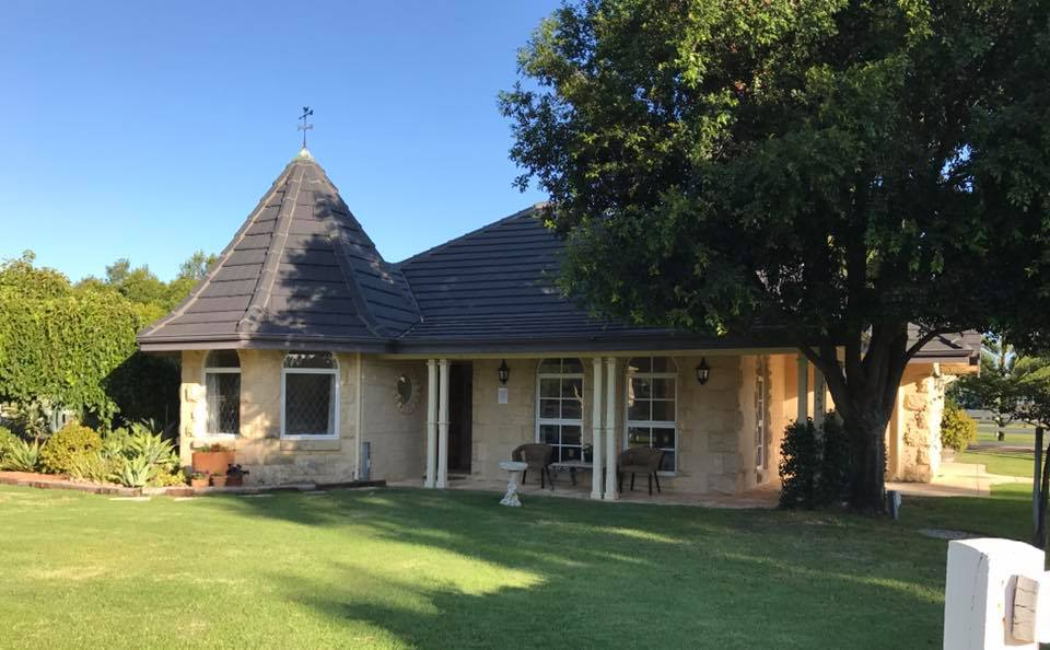 Swan Valley Accommodation - Gatehouse Cottage