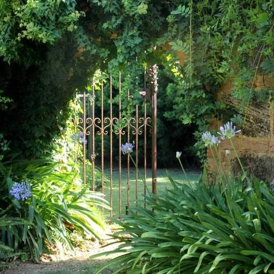 03-Secret Garden